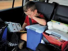 kocsiban olvasás